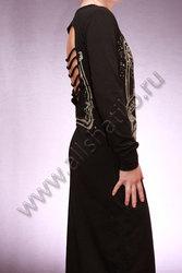 Длинное платье с уникальным вырезом на спине